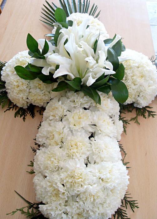 comprar cruz de flores Fuenraria Santa Teresa Segovia