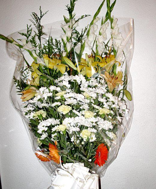 comprar ramo de flores Fuenraria Santa Teresa Segovia